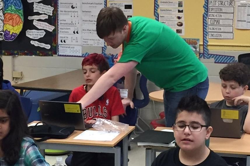 Codemoji-teaching-coding-skokie-school-859684-edited.jpg